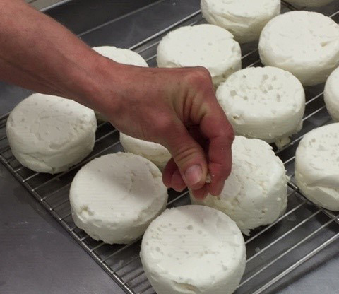 Bergerie-de-kerrousset-fromage